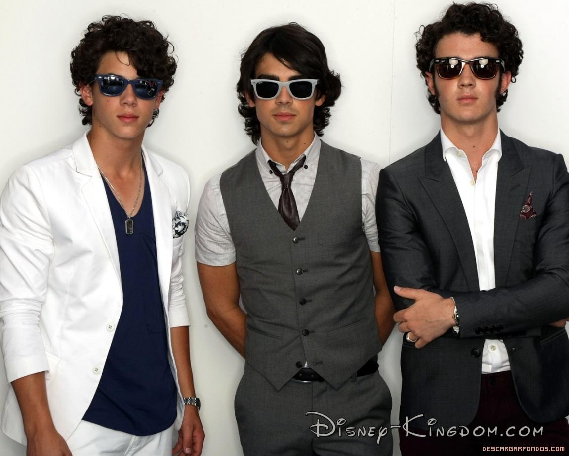 Hermanos Jonas Brothers