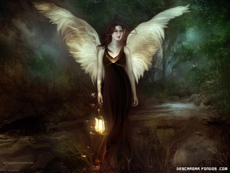 La mujer con alas de ángel