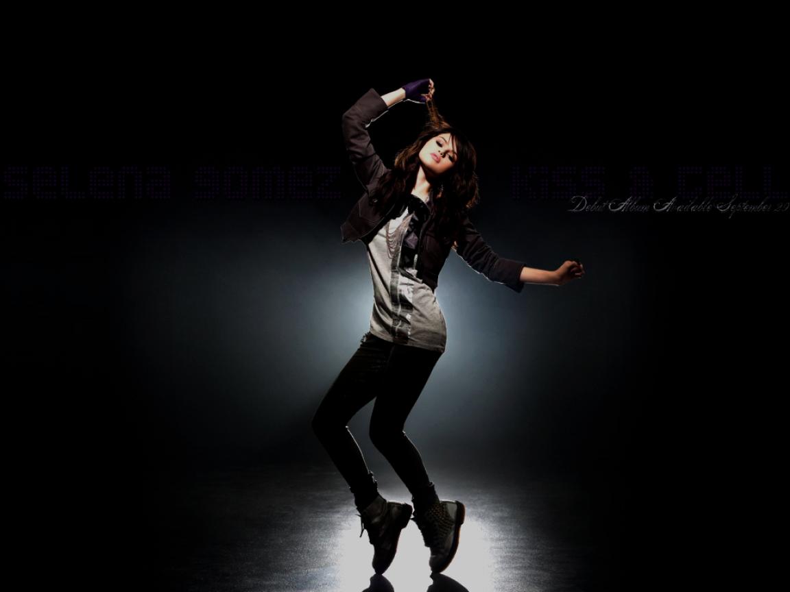 Selena Gómez en el escenario