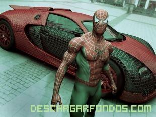 Hombre araña con su coche