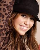 Una sonriente Miley Cyrus