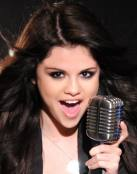Selena Gomez en el escenario